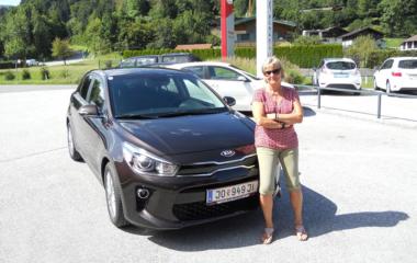 Fahrzeug-Übergabe Ingrid Schlegel KIA RIO