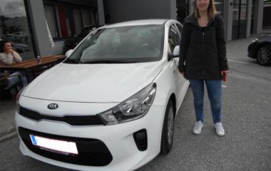 Fahrzeug-Übergabe Sonja Fritzenwallner KIA RIO
