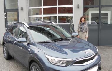 Fahrzeug-Übergabe Doris Krammer KIA STONIC